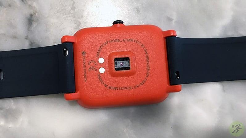 danh-gia-dong-ho-xiaomi-amazfit-bip-mat-sau-sensor