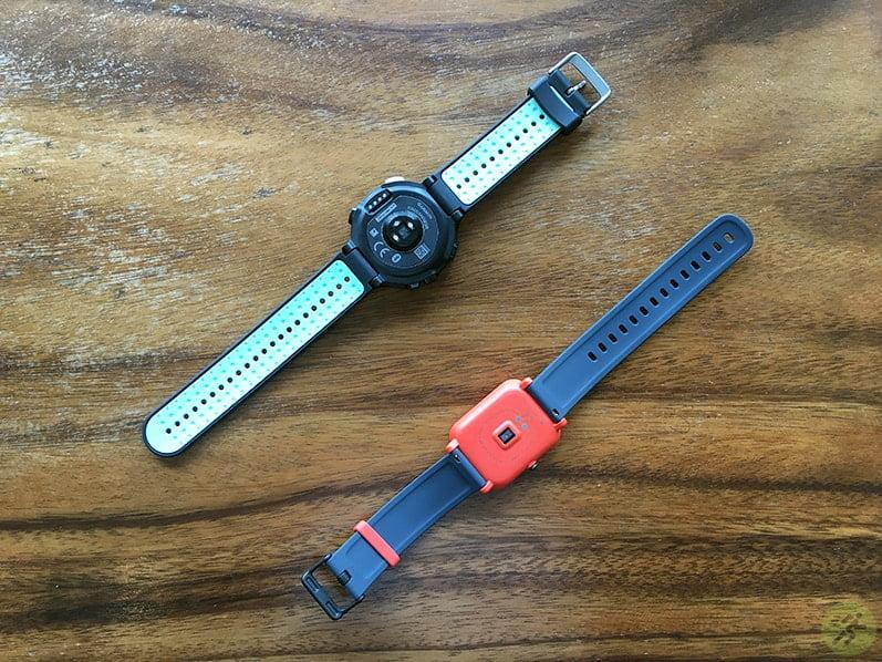 So sánh cụm cảm biến đo nhịp tim của Garmin Forerunner 235 VS Xiaomi Amazfit Bip